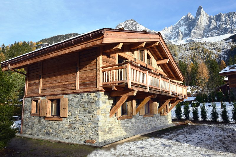 Souvent Chamonix Property Sales: Mountain Base HA99