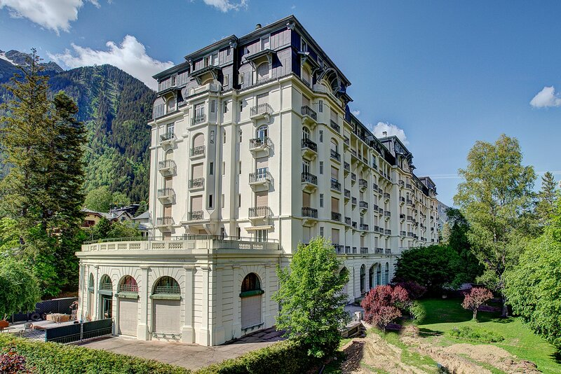 The Majestic apartment building|Le Majestic