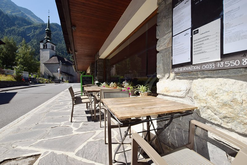 Well located in the centre of Les Houches|Bien situé au centre des Houches